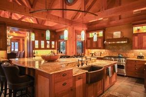 03-14-10-Kitchen-1